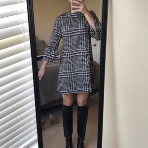 Dresses & Skirts - Boutique Houndstooth/plaid Dress. Size S